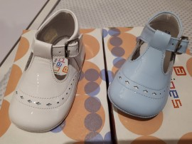 Andanines Boys T Bar Soft Soled Diamond Pram Shoes