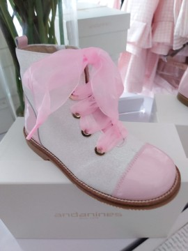 Andanines pink glitter boots