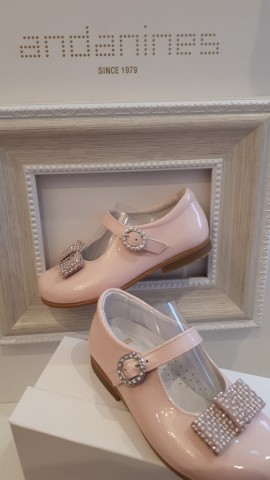 Andanines pink girls shoes with diamante & pearl bow